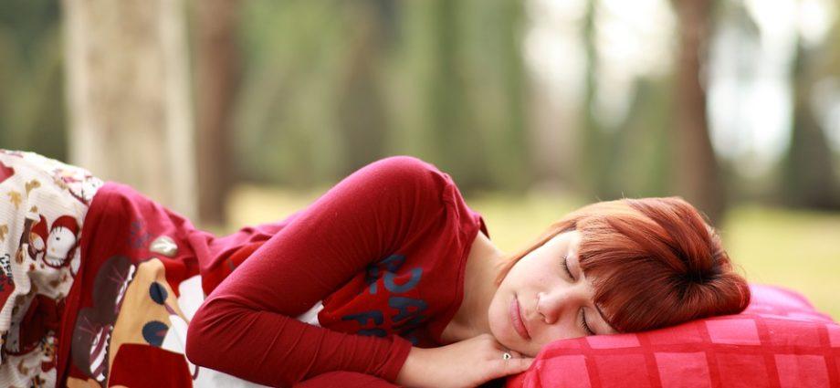 Опасные позы для сна просон картинка
